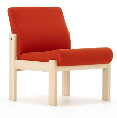 Stoudio Llow Chair Front Angle