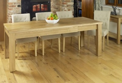 Warwick Extendable Dining Table 1