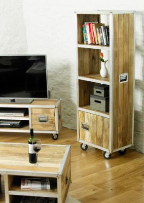 Roadie Bookcase With Doors 3