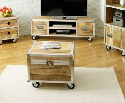 Roadie Coffee Trunk Table 2