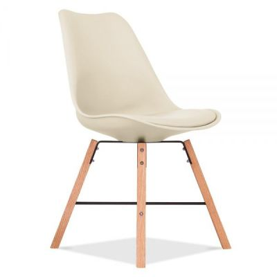 Cvrosstwon Chair With A Cream Seat Front Angle