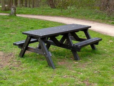 Wespoint Chunky Picnic Tables With Wheelchair Access 3