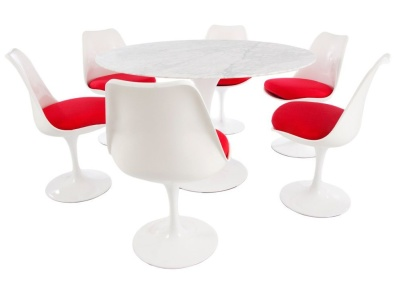 Tulip Dining Set With Six Tulip Chairs With Red Seats And A Round Tablel With A Marble Top