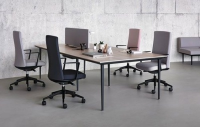 Longo Large Meeting Table With Blqck Legs