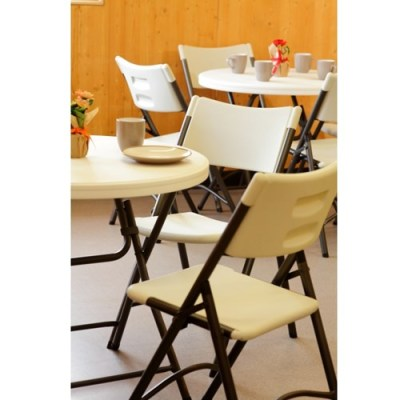 Nova-cafe-bistro-folding-table-and-chairs (4)