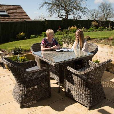 Hampstead Four Seater Dining Set Mood 1