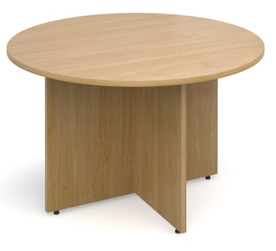 Dexter Oak Round Table